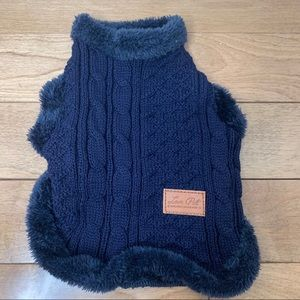 XS / S Navy Blue Cable Knit Sweater Fuzzy Trim
